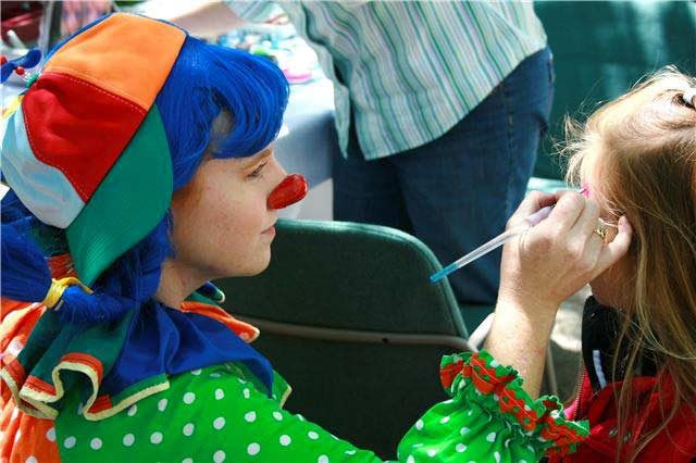 Children Love Face Painting