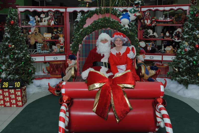 Santa and Mrs. Santa Claus, Mr. and Mrs. Santa Claus, Jolly old St. Nick